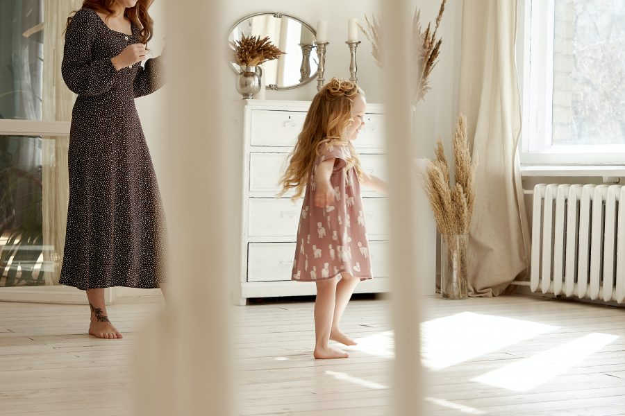 Η γονεϊκότητα ως μέσο για να σπάσουμε τα έμφυλα στερεότυπα