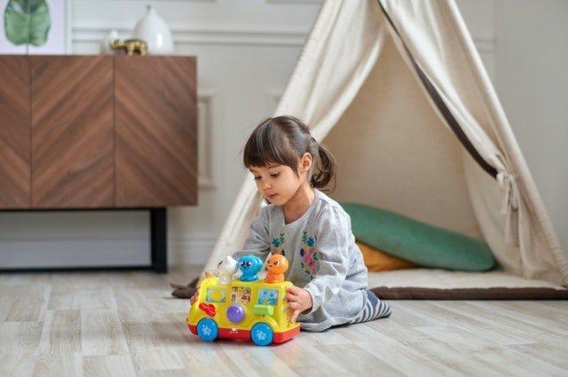 Κάθισμα των παιδιών σε θέση W – Θετική στάση ή ανησυχία;