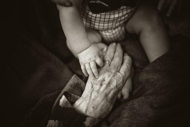 Γιαγιάδες και παππούδες εν δράσει