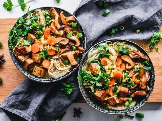 Διατροφή και δίαιτα μεσημεριανό γεύμα