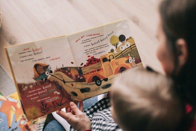 Βιβλίο και παιδί: Πώς θα διαλέξεις το ιδανικό βιβλίο για το παιδί σου;