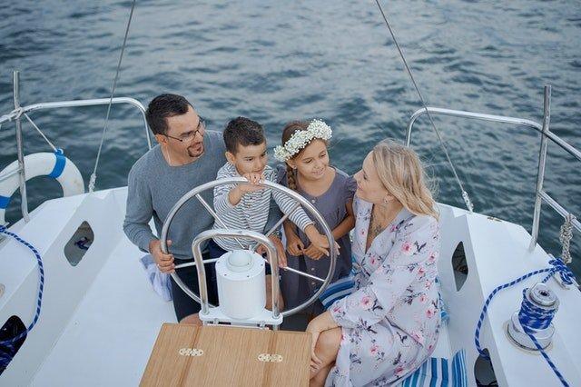 Οικογενειακές διακοπές: Διακοπές με ή χωρίς παιδιά; Ιδού το ερώτημα…